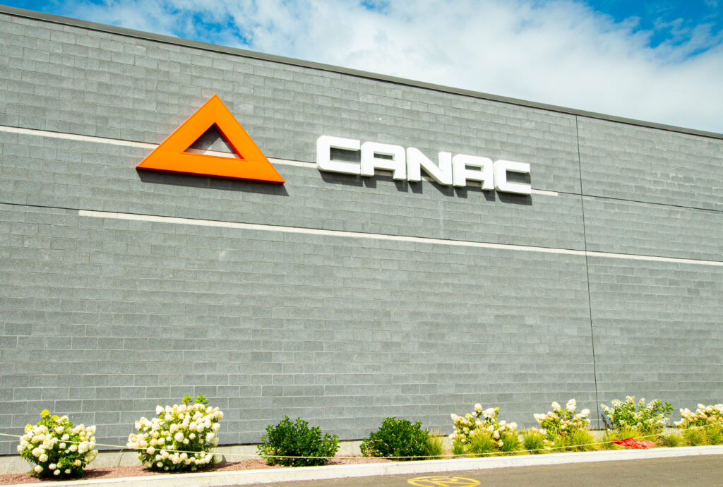 Commerce- Canac_2